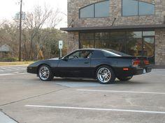 pontiac firebird  eva    voiture americaine voiture sportive voiture