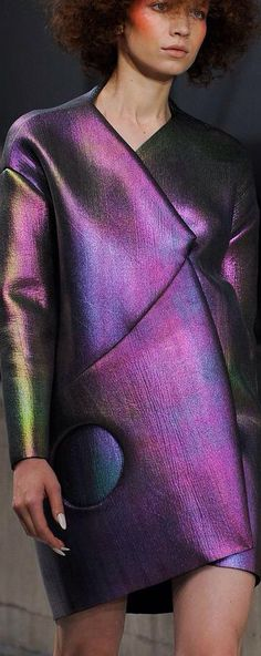 Purple Fashion, Beetlejuice, Carnival Glass, Jewel Tones, Color Combos, Iridescent, Amethyst, Couture, Inspiration