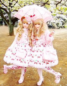 Lolita ● Outfits ● Angelic Pretty ●