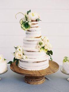 The Grandeur House Wedding with a Modern Farmhouse Style Wedding Cake Fresh Flowers, Floral Wedding Cakes, Floral Cake, Wedding Cake Designs, Cake Flowers, Used Wedding Decor, Wedding Decorations, Wedding Ideas, Wedding Inspiration