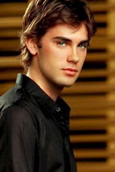 Drew Fuller (Chris Halliwell) from Charmed.I loved watching charmed. Please check out my website Thanks.  www.photopix.co.nz