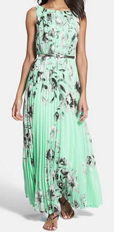 Print chiffon maxi dress in #mint http://rstyle.me/n/hv6uznyg6