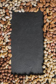 Border from various nuts Free Photo Breakfast Photography, Fruit Photography, Food Photography Styling, Healthy Breakfast Recipes, Healthy Drinks, Preparing For Ramadan, Almonds Nutrition, Tienda Natural, Almond Nut