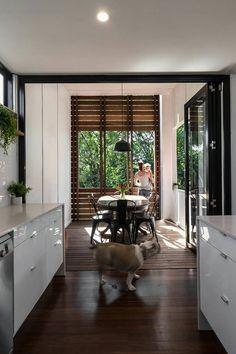 Kitchen flows to outdoor dinning