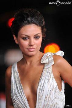 Stunner! Mila Kunis