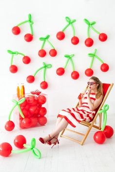 Cherry Summer Party Ideas Cherry Summer Party Ideas – lots of food, recipes, DIY crafts and decorations to inspire your summer birthdays, weddings and cherry celebrations! Fruit Decorations, Balloon Decorations, Birthday Decorations, Summer Party Decorations, Balloon Backdrop, Balloon Centerpieces, Balloon Ideas, Decoration Party, Shower Centerpieces