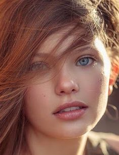 """bonjour-la-rousse:""""All of our Ginger beauties in one site! Beautiful Red Hair, Beautiful Eyes, Beautiful Freckles, Beautiful Women, Girl Face, Woman Face, Red Hair Woman, Girls With Red Hair, Ginger Girls"""