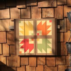 Bear Paw barn quilt - Barn Quilts by Chela Barn Quilt Designs, Barn Quilt Patterns, Quilting Designs, Bear Paw Quilt, Amish Barns, Star Quilts, Quilt Blocks, Rustic Quilts, Painted Barn Quilts
