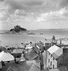 ST MICHAEL'S MOUNT: from Marazion, Cornwall ✫ღ⊰n