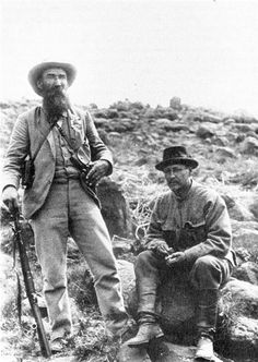 Lieutenant Colonel Maximov (right) in South Africa with Free State General W. He was one of the most prominent foreign volunteers from Russia during The Boer War. Free State, African History, Military History, High Quality Images, South Africa, Russia, Volunteers, Country, Couple Photos