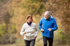 De beste tipsene for å opprettholde en ung, vital hjerne - Veien til Helse Tai Chi, Pilates Workout, Gym Workouts, Intensives Training, Go Jogging, Sport Treiben, Million Men, Older Couples, Aerobic