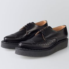 """The original """"Diano"""" creeper in black leather, with Goodyear welted crepe sole. Made since the late fifties, reborn for the punk generation. Black Creepers, Goodyear Welt, 80s Fashion, Loafers Men, Derby, Oxford Shoes, Dress Shoes, Black Leather, Take That"""