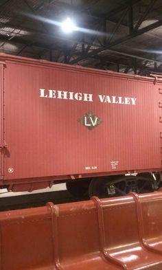 Railroad Photography, Rolling Stock, Lehigh Valley, Steamers, Training Equipment, Locomotive, Diesel, Cars, Diesel Fuel