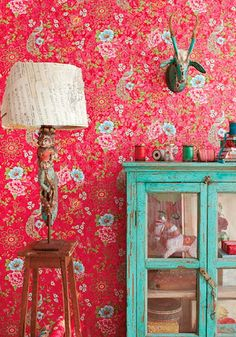 Brightly colored wallpaper ideas from Sweden