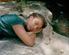 """[ #LIVRE ] Inspiré par le gospel et le blues nés dans le Sud des États-Unis, Shane Lavalette offre un témoignage profond et mélancolique de cette région. On vous en dit plus sur le site de #fisheyelemag ! [Photo: © Shane Lavalette / Extrait de """"One Sun, One Shadow""""] #photo #photographie #photography #Sud #EtatsUnis #Amérique #US #USA #America #ShaneLavalette #Portrait #Woman #Melancolie #Melancholy"""