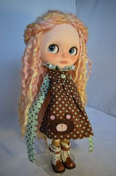 "Blythe Doll ""Lillie"" OOAK Custom by Pariszhenpink – puppets pins Bjd, Blythe Dolls For Sale, Ooak Dolls, Beautiful Hands, Beautiful Dolls, Professional Puppets, Minions, Bratz, Cute Dolls"