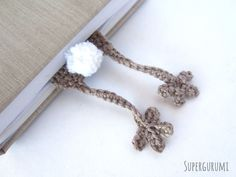Amigurumi Bunny Bookmark crochet by Supergurumi