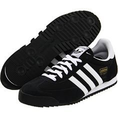 Possible contenders for attractive, comfortable sneakers for France? Option numero uno.