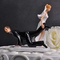 Resin Wedding Cake Topper - Braut Ziehen Bräutigam – EUR € 13.88