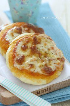 Veloci , facili, sane perché preparate con la farina di Kamut! Sono loro: le pizzette veloci, senza lievitazione! Soprattutto durante il periodo estivo non abbiamo voglia di perdere troppo tempo in…
