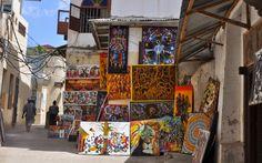 Straßenkunst in Stonetown, Sansibar © Carina Dieringer Carina, Freundlich, Pavilion, Times Square, Memories, Places, Art, Tanzania, African