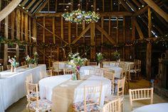 Inside Hookhouse Farm Barn, Surrey Wedding Venue  Jardín * Espacio