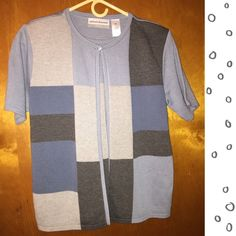 Sweater twin Set Lightweight.  Good condition Alfred Dunner Sweaters Cardigans