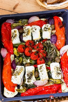 Mediterranean oven-cooked vegetables with sheep& cheese feta - quickly and easily on the table - madam beet & the country kitchen - Today we enjoy Mediterranean again. Fill your baking sheet with all sorts of sun-drenched vegetable - Summer Grilling Recipes, Summer Recipes, Oven French Toast, Sheep Cheese, Queso Feta, Oven Cooking, Beef Dishes, Beef Recipes, Tapas