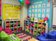 Library and book bins, writing bulletin board, comprehension bulletin board Kindergarten Reading Corner, Reading Corner Classroom, Kindergarten Classroom Decor, Classroom Decor Themes, Kindergarten Lessons, Classroom Setup, Classroom Design, Classroom Organization, Modern Classroom