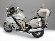 BMW K1600GTL Exclusive - When luxury is freed of constraint, it moves to...
