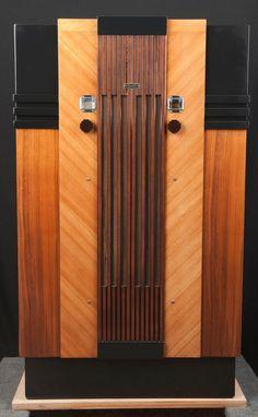 "Majestic 1933 ""Lido"" ART DECO Console Wood Vacuum Tube Radio- RESTORED"