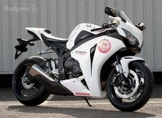 nice Honda CBR1000RR Fireblades Special Edition Motorcycle Review