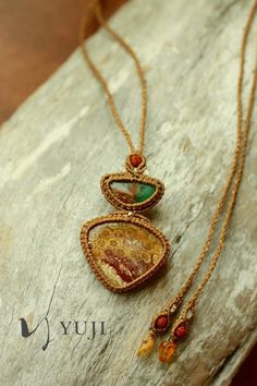 Fossil Coral x chrysoprase necklace