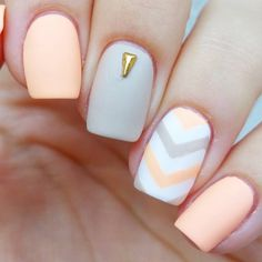 Expand fashion to your fingertips by using nail art designs. Worn by fashionable stars, these nail designs will add instant charm to your apparel. Stylish Nails, Trendy Nails, Cute Nails, My Nails, Fall Acrylic Nails, Acrylic Nail Designs, Nail Art Designs, Autumn Nails, Nagellack Design