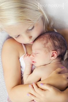 .love at first sight. newborn picture