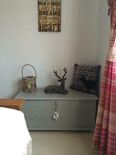 Blanket box painted in Annie Sloan Paris grey
