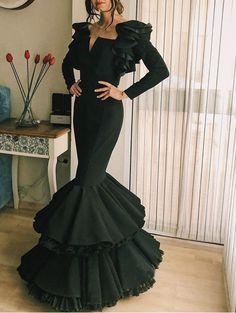 spanish style homes arizona Spanish Fashion, Spanish Style, Gala Dresses, Evening Dresses, Mexican Dresses, Looks Style, Lovely Dresses, Boho Outfits, Dress To Impress