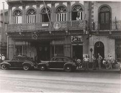 Fotos tomadas por la Avenida Central en Ciudad Panamá, en la década de 1940. @PaViejaEscuela