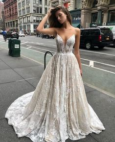 24 Gorgeous Spring Wedding Dresses – Ellise M. 24 Gorgeous Spring Wedding Dresses – Ellise M.,Kleider 24 Gorgeous Spring Wedding Dresses – Related posts:Twirly Mermaid DressOff the Shoulder Retro Flower. Grad Dresses, Women's Dresses, Pretty Dresses, Bridal Dresses, Beautiful Dresses, Formal Dresses, Elegant Dresses, Evening Dresses, Ceremony Dresses