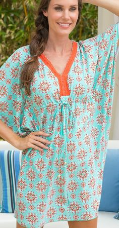 A chic summer style, our Emery Caftan Cover-up combines the lightweight, airy design of traditional caftan dresses with UV 50+ fabric that protects you from 98% of UVA and UVB rays.
