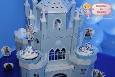 Castelo 3D personalizado para o tema Frozen. #FestaFrozen #FrozenUmaAventuraCongelante #Personalizados #Scrap #scrapbook #Festapersonalizada #Festa18anos #Neve #diversão #Emoção #detalhes #inspirandosuafesta #garimpandolembranças #CoisinhasdeMichelly #tudofeitocomcarinhoquevocêmerece