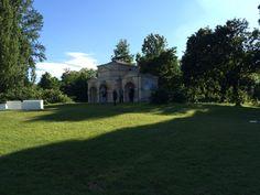 #WilliamKent pavilion at #HydePark #englishgarden #perennialgarden #deborahnevins #architecture
