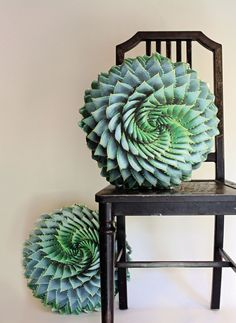 Spiral Succulent decorative pillow made to order (Aloe polyphylla)Love love love this--I have a spiral aloe in my front yard. Spiral Succulent decorative pillow made to order by PlantilloPlantillo Plant Pillows Bring The Perfectly Imperfect Beauty Of Natu Decorative Bowls, Decorative Pillows, Succulent Images, Succulent Care, Boho Home, Cactus Y Suculentas, Rare Plants, Handmade Pillows, Planting Succulents