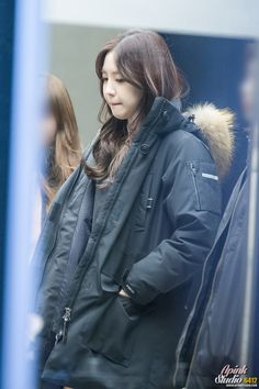 :: APINK STUDIO :: 161110 2017 S/S Re:Invent the HWASEUNG 출퇴근 손나은 직찍 By.6412
