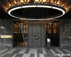 Entrance Foyer, Entrance Design, Main Entrance, Grand Entrance, Door Design, Ceiling Detail, Ceiling Design, Architecture Details, Interior Architecture