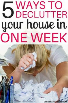 How to declutter your house in one week without going crazy. Get rid of and create a clean, organzed, clutter free home in one week. How to declutter your house when you don't know where to start. The best decluttering tips.