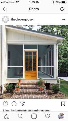 Beautiful Backyard Porch Ideas To Modify Your Ordinary Garden Schöne Hinterhof-Veranda-Ideen Screened Porch Designs, Front Porch Design, Screened Porches, Enclosed Porches, Screened In Deck, Patio Design, Diy Front Porch Ideas, Small Back Porches, Back Porch Designs
