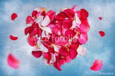 """Скачивайте роялти-фри фото """"heart of roses"""", сделаную olgababkina50 по самой низкой цене на Fotolia.com. Полистайте наш банк изображений и найдите идеальную стоковую фотографию для вашего маркетингового проекта!"""