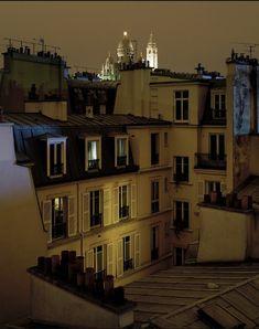 Les plus beaux toits parisiens de nuit