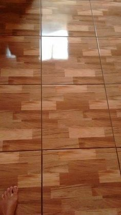 Hardwood Floors, Flooring, Hand Embroidery Patterns, Home Interior Design, Cleaning Hacks, Decoration, House Design, Cleaning Routines, Cleaning Tips